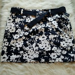 Chaps Dresses & Skirts - CHAPS Floral Cotton Twill Skirt with Ribbon Belt