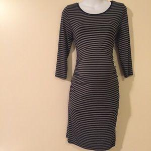 Liz Lange Dresses & Skirts - Maternity dress size medium