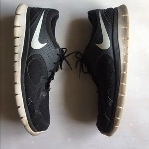 Nike Other - Men's Nike sneakers. Size 11 black