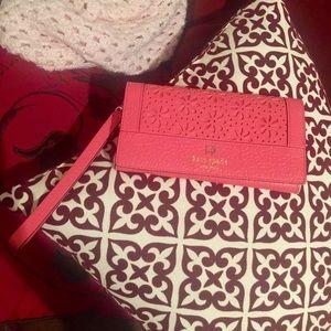 kate spade Handbags - New Kate Spade wristlet