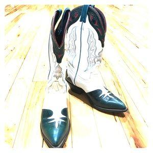 Laredo Shoes - Laredo cowboy boot sz 7 Med green white sexy