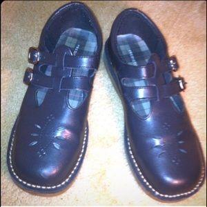 predictions Shoes - Predictions Mary Janes EUC