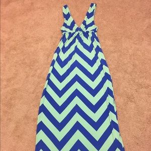 J. Crew Dresses & Skirts - J Crew Small Chevron Maxi Dress