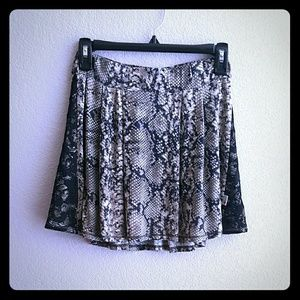 T2 Love Other - NWT Girls Lace & Snakeskin Print Skirt