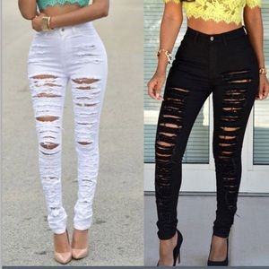 Denim - 💄 High Waisted Ripped Jeans! 💄