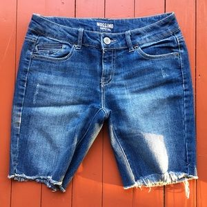 Pants - Frayed Hem Jeans Shorts