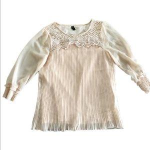 Vero Moda Tops - Vero Moda  Long Sleeve Cream Blouse