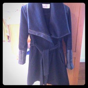 Badgley Mischka Jackets & Blazers - Badgley mischka black leather accented med