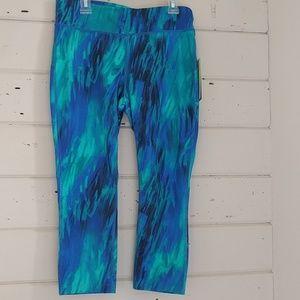 Xersion Pants - Compression athletic capri leggings blue green fad