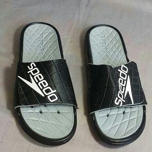 Speedo Sandals Size 7  M Gray / Black Slides