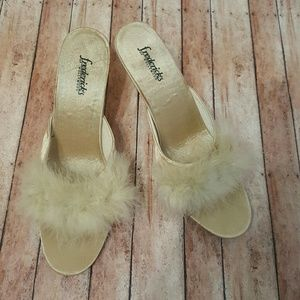"Frederick's of Hollywood Shoes - *NWOT* Cream Fur ""Frederick's of Hollywood"" Heels"