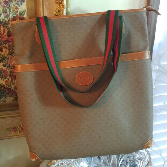 Gucci Bags   Large Vintage Tote Flash Sale   Poshmark da146f0669