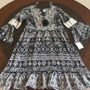Beautees Other - Most ADORABLE black and cream dress!!!
