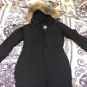 Canada Goose Jackets & Blazers - Canada Goose Victoria Parka (offers welcome)
