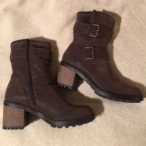 Sonoma Shoes - EUC! Brown buckle boots