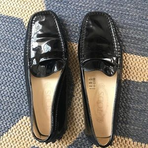 Tod's Shoes - Tod's black patent leather driver