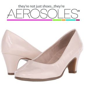 AEROSOLES Shoes - NWT Aerosoles A2 Redwood Cream Patent Heels 6