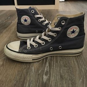 Converse Shoes - Unisex high-top navy converse