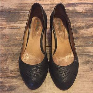 Miz Mooz Shoes - Miz mooz kitten heels. Accepting offers!