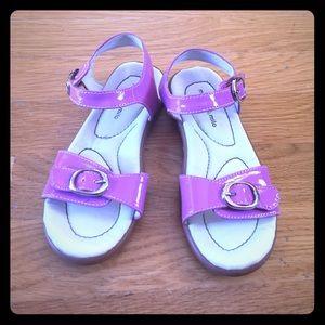 Morgan & Milo Other - Girls Velcro sandals