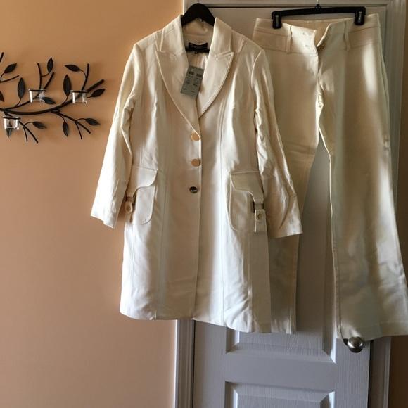 Cache Coeur Jackets & Blazers - Beautiful very stylish 2 piece pant suit.