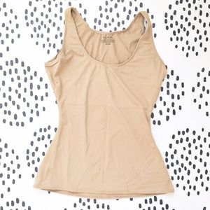 ASSETS by Sara Blakely Other - Assets by Sara Blakely Camisole Shapewear Tank Top