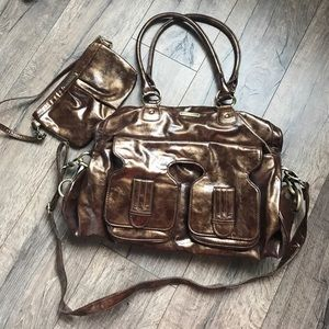 Timi & Leslie Handbags - Timi and Leslie diaper bag.  Great condition.