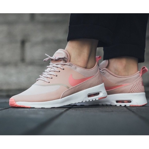 Women's Nike Air Max Thea Pink Oxford Sneakers NWT