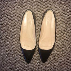 J. Crew Shoes - Jcrew SZ 6 black patent leather point toe flats.