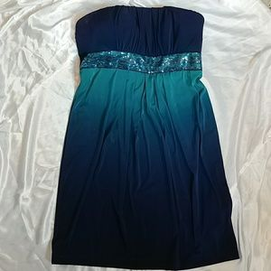 My Michelle Dresses & Skirts - Gorgeous...Ombre cocktail dress