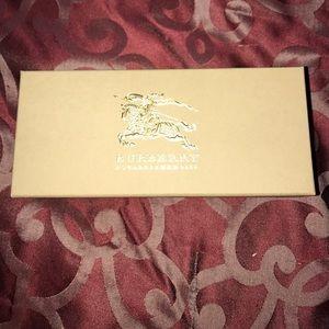 Burberry sunglass box