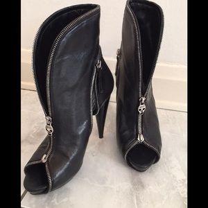 Alexander McQueen Shoes - Authentic Alexander McQueen skull zip boots! SALE!