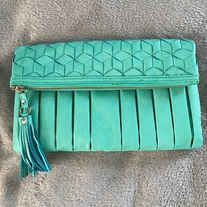 Urban Expressions Handbags - Urban Expressions purse/clutch
