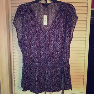 Banana Republic blouse size MED, NWT