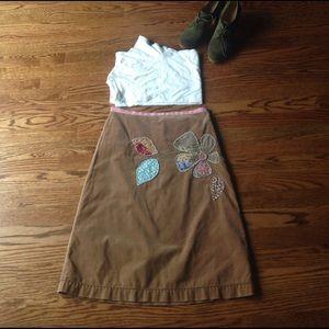 Boden Dresses & Skirts - Boden Velvet Appliqué Skirt, size 8