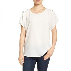Gibson Tops - Cold shoulder cut