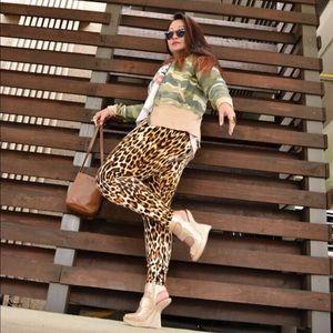 Pants - Cheetah Print Leggings