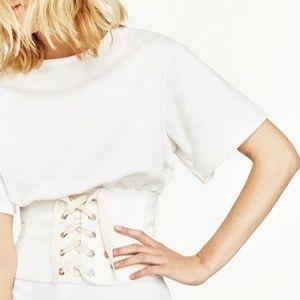 Tops - Corset T-shirt Trendy !