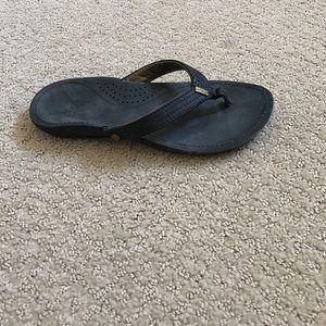 Reef Shoes - Women's flip flop. Reefs