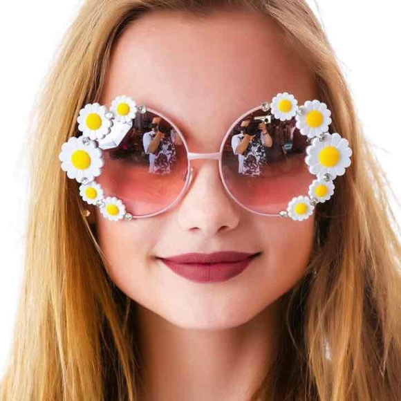 Dollskill Accessories - Flowerchild Sunnies