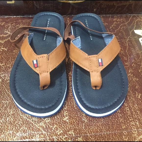 2469f7c1b2ff Tommy Hilfiger boys(toddler) slip-on sandals