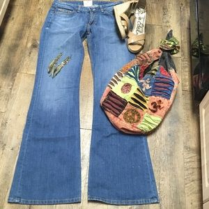 PEOPLE'S LIBERATION Denim - People's Liberation Med. Wash Flare NORDIES Sz 29