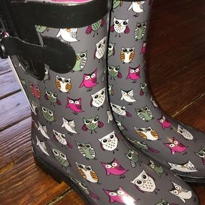 Capelli of New York Shoes - Owl 🦉 rain boots!