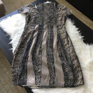 Walter Baker Dresses - BRAND NEW! Walter Baker Floral Print V-Neck Dress