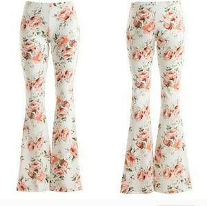 Fashionomics Pants - Gorgeous Ivory/White Floral Bell Bottom pants