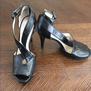 Nine West Shoes - Brand new black high heals