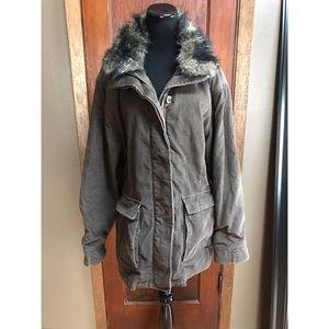 Woolrich Jackets & Blazers - •Women's Woolrich winter coat•
