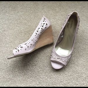 Merona Shoes - EUC Blush Laser cut wedges