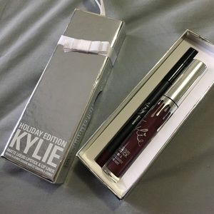 Kylie Cosmetics Other - Kylie Holiday Lip Kit in Vixen