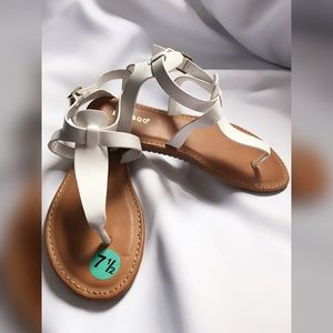 bamboo Shoes - White Thong Gummy Sandals